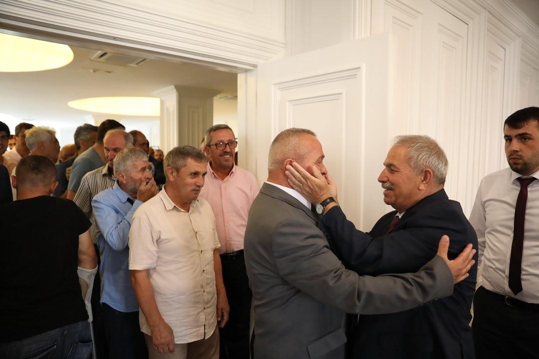 Başkan Demirtaş vatandaşlar bayramlaştı