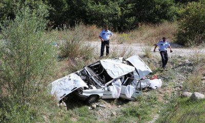 Feci Trafik Kazasında Bir Aile Yok Oldu 2'si Çocuk 4 Ölü, 1 Yaralı!