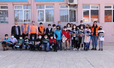 Atakum Belediyesi'nden öğrencilere hediye sürprizi