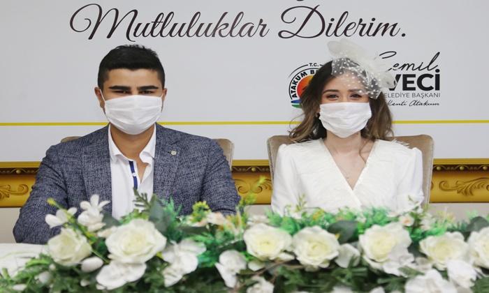 Atakum'un Salgın Duyarlılığı Çiftler Nikahları Seneye Erteledi