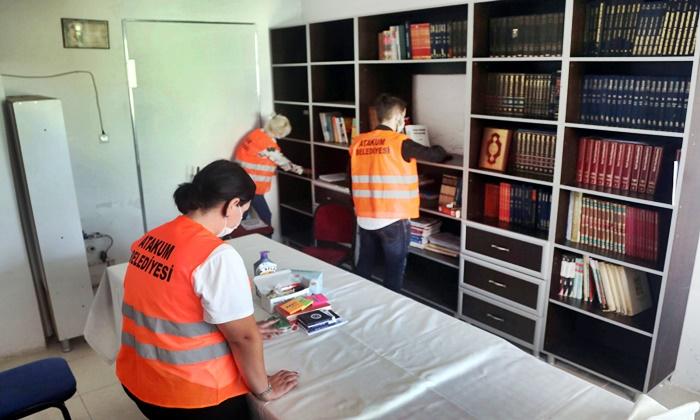 Atakum Belediyesi Ekipleri Sınava Hazırlanan Gençlerin Kütüphanesini Yeniledi