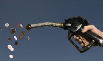Benzin fiyatlarına sürpriz indirim