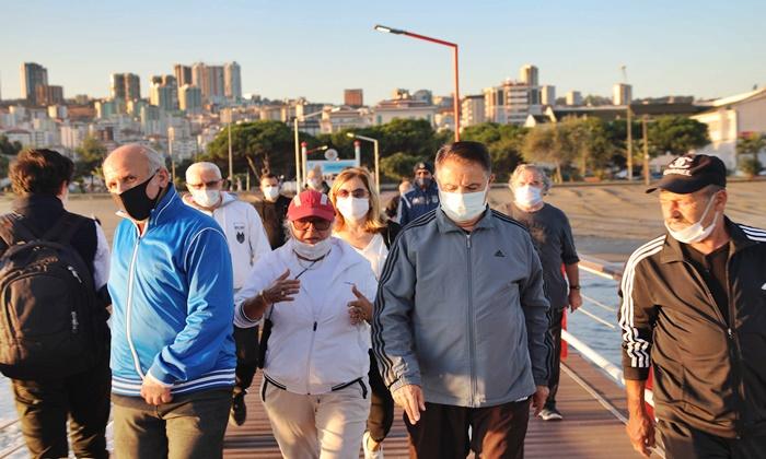 Başkan Deveci Kent Sakinleriyle Birlikte Sağlık İçin 10 Bin Adım Attı