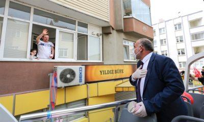 Başkan Sandıkçı Canik Sokaklarını gezerek halkın bayramını kutladı