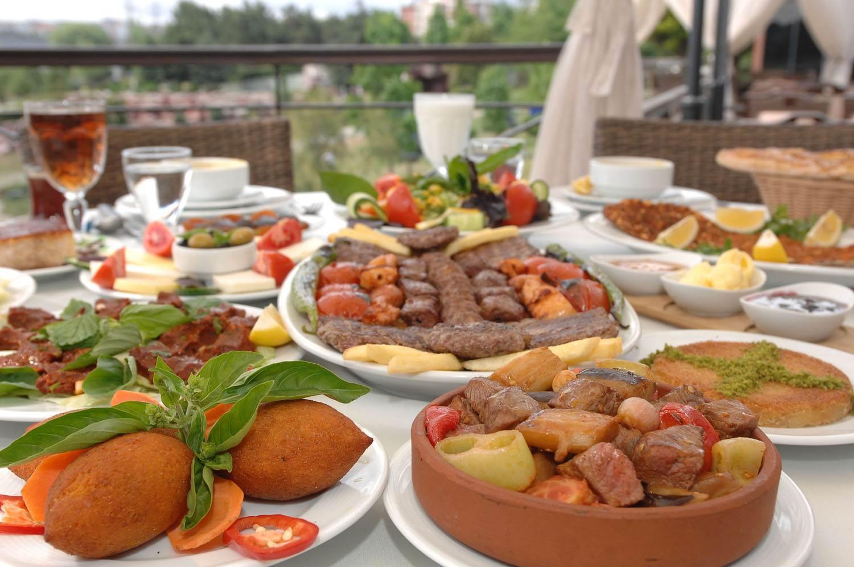 Beslenme uzmanından iftar ve sahur menüsü