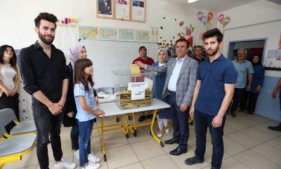 Başkan Genç oy verme işlemini gerçekleştirdi