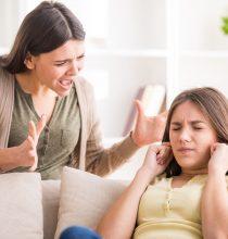 Gençlere Telefonu Yasaklamak çözüm değil!