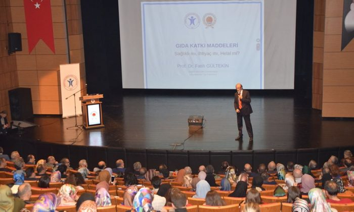 Gıda Katkı Maddeleri Konferansı Samsun'da Yapıldı
