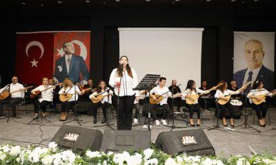 İlkadım'da solistler türkü severlere unutulmaz bir gece yaşattı