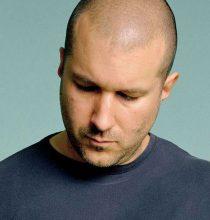 Apple'ın efsanevi tasarımcısı Jony Ive görevinden ayrılıyor