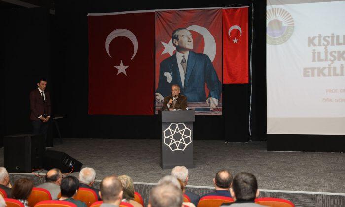 İletişim seminerlerinin 1'incisi İlkadım Belediyesi'nde gerçekleştirildi