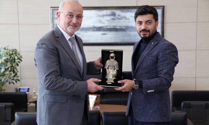 Rektör Ünal, Gençlik Hizmetleri Genel Müdürü Emre Topoğlu'nu Ziyaret Etti