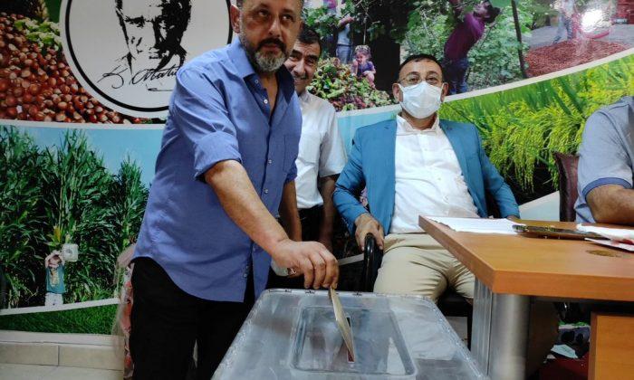 Salıpazarı'nda esnaf Osma'ya emanet