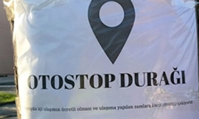Samsunlu Öğrenciler Otostop Durağı Kurdu