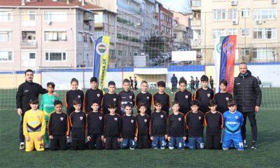 Atakum Belediyespor u-11 İstanbul'dan başarı ile döndü