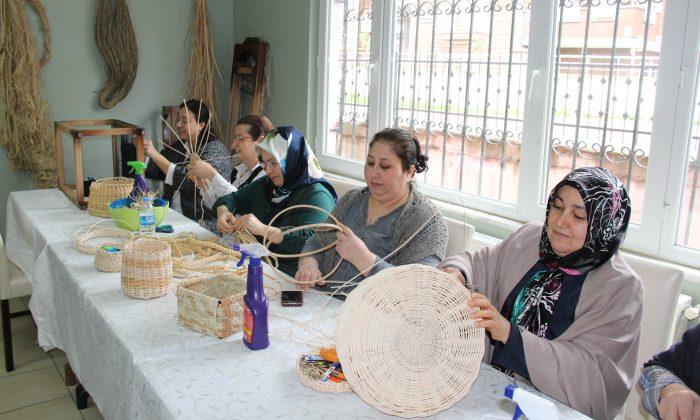Atakum'da kadınlar 60 branşta 3500 kursiyer meslek ediniyor