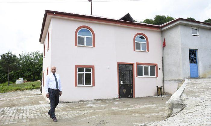 Tekkeköy Belediyesinden İbadethanelere Manevi Dokunuş