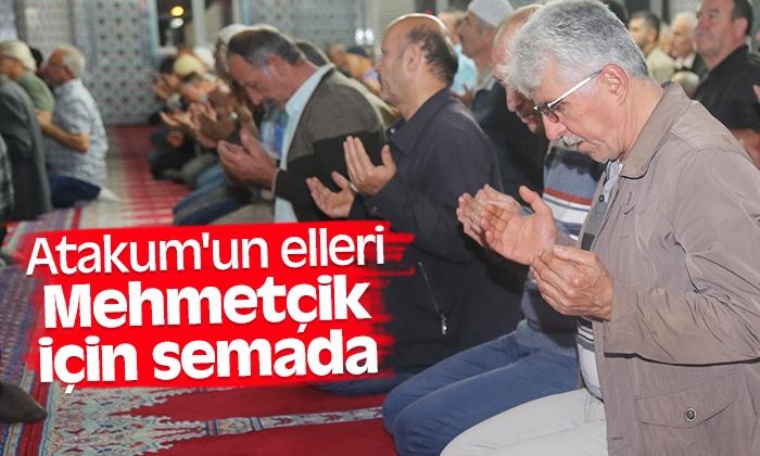 Atakum'un elleri Mehmetçik için semada