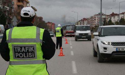 Şehirlerarası Seyahat Tedbirleri Kapsamında İl Sınırlarımızda 448.914 Araç Kontrol Edildi