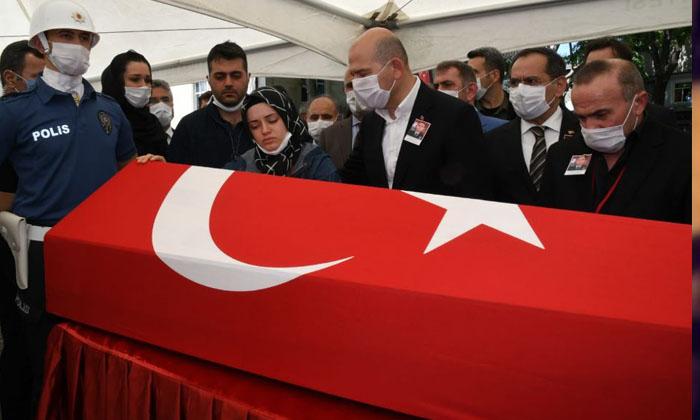 Samsunlu şehit polis Atakan Arslan'ın cenazesi Çarşamba İlçesi'nde toprağa verildi