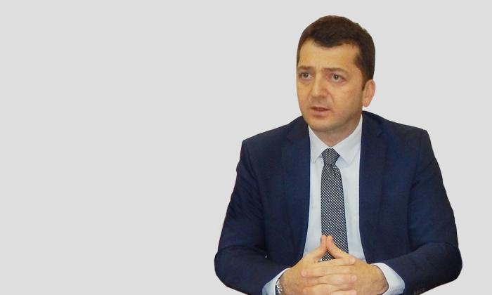 Dr. Murat ERKAN; Ek Ödemede Asistan Hekimler Arasında Ayrım Haksızlıktır