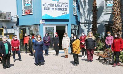 Atakum Belediyesi maske  üretip ücretsiz dağıtıyor