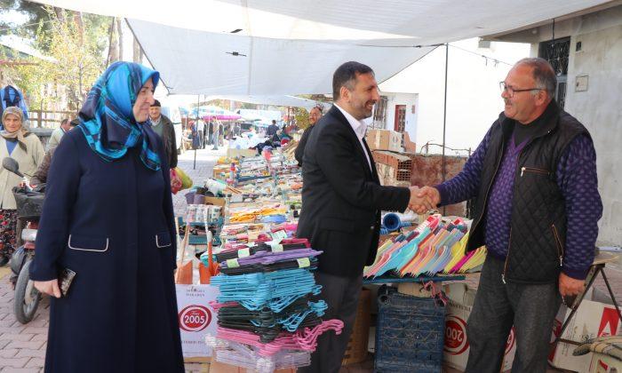 Başkan Sarıcaoğlu halk gününü ilçenin halk pazarında yaptı