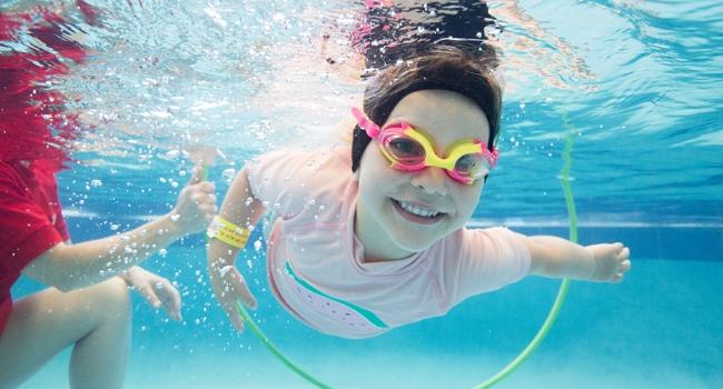 Havuz suyu göz sağlığı için tehdit oluşturuyor