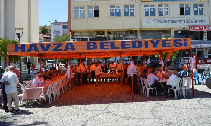 Havza'da bayramlaşma programına yoğun katılım