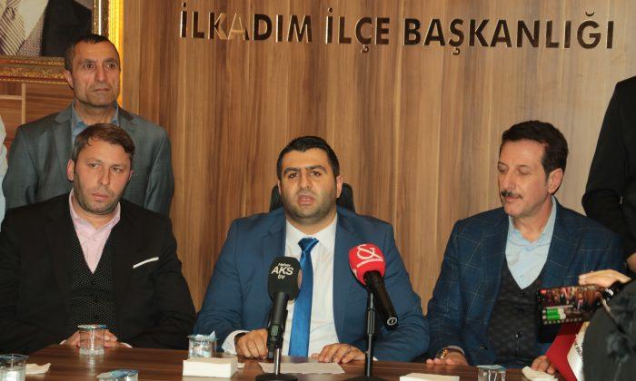 AK Parti İlkadım İlçe Başkanlığında devir teslim