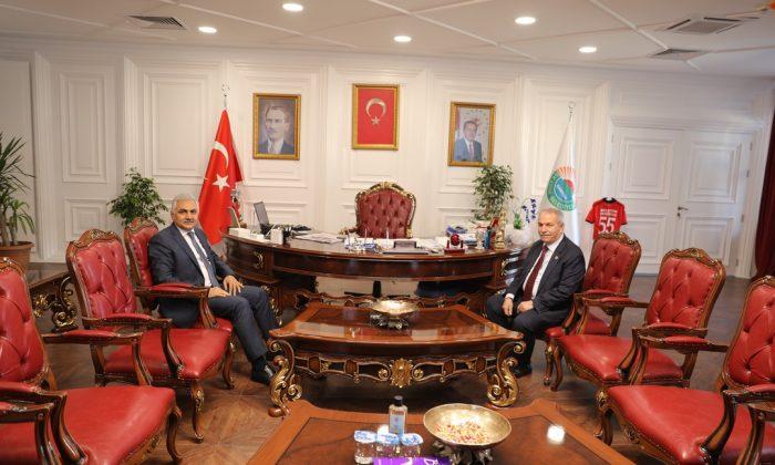Emniyet Müdürü Urhal Başkan Demirtaş'ı makamında ziyaret etti