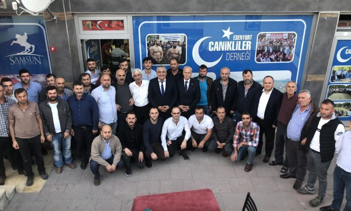 İstanbul'daki Samsunlular hamsi festivali düzenledi