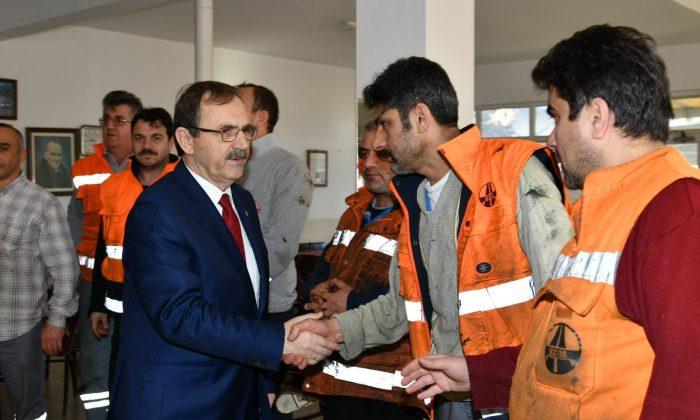Başkan Zihni Şahin, Karayolları işçileriyle buluştu