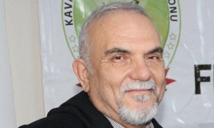 Eski CHP'li şimdi AK Parti Meclis Üyesine görevi kötüye kullanmaktan hapis cezası