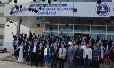 Başkan Topaloğlu Havacılık Yönetimi Bölümü Mezuniyet Törenine katıldı
