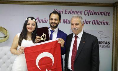 Genç Muhabir evliliğe ilk adımını attı