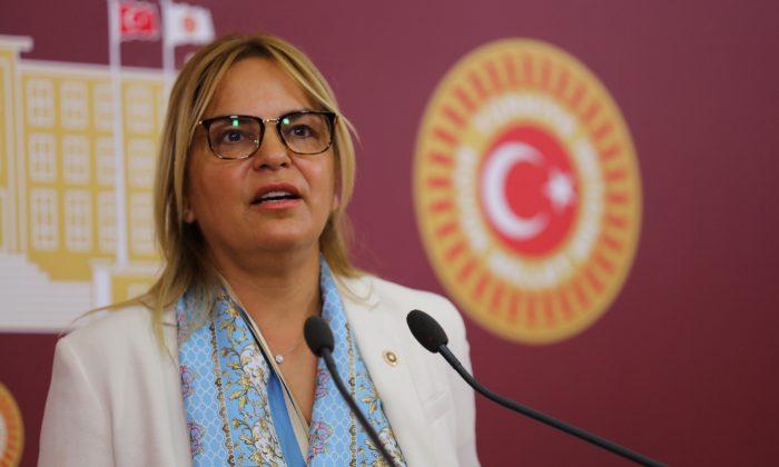 Hancıoğlu: 'Türk kadını olarak bizler, Cumhuriyet'imize minnet borçluyuz'