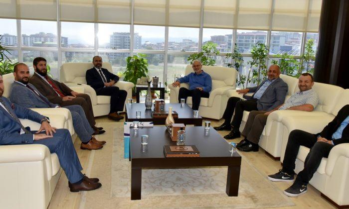 Bayburt Üniversite Rektörü Türkmen'den Rektör Ünal'a Ziyaret