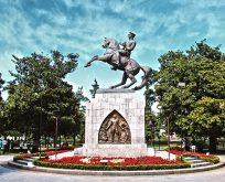 Samsun Onur Anıtı'nda rezalet görüntü!