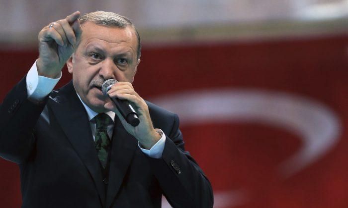 Cumhurbaşkanı Recep Tayyip Erdoğan AK Parti ve MHP' nin kabul ettiği yasayı veto etti!
