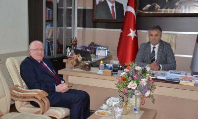 Rektör  Aydın, Başkan Topaloğlu'nu ziyaret etti