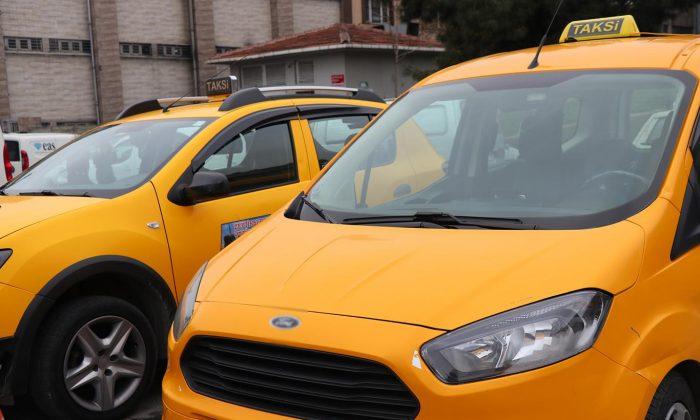 Suriyeliler Samsun'da korsan taksiciliğe başladı