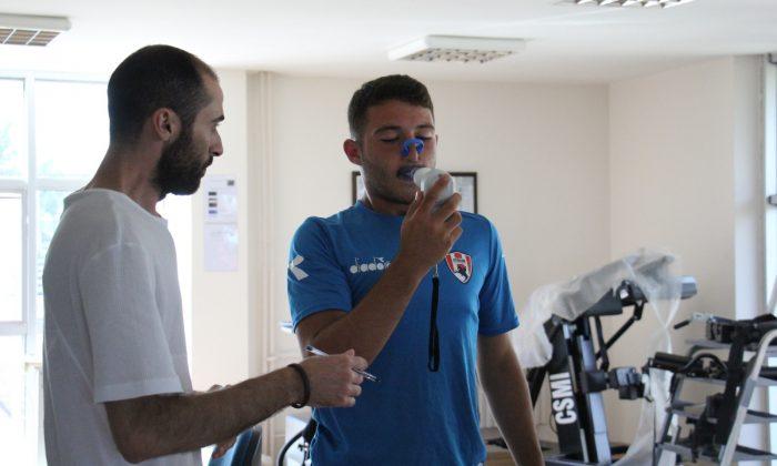 Atakum Belediyespor oyuncuları testleri geçti