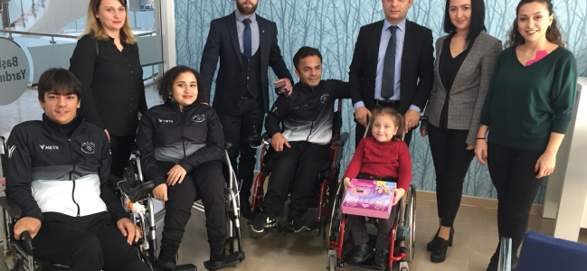Tekerlekli sandalye dans sporu Türkiye şampiyonası Samsun'da