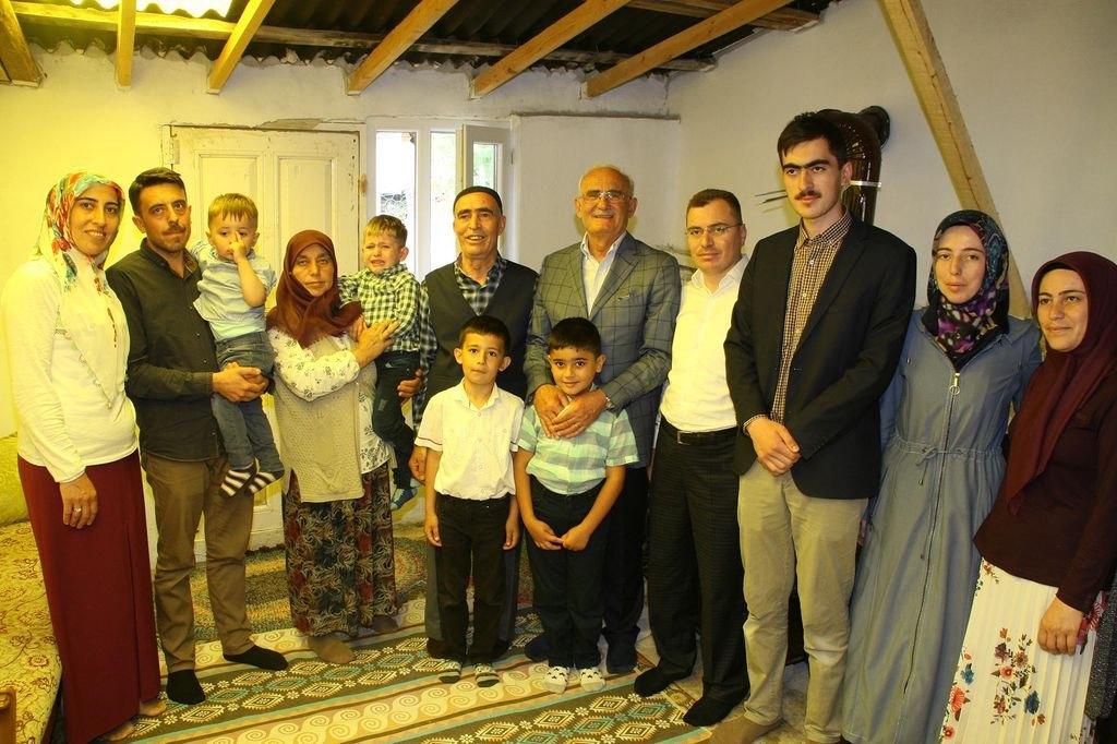 Yılmaz: Çocuklarımıza en iyi miras güçlü ve müreffeh bir Türkiye bırakmaktır
