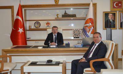 Zeybek'ten Özdemir'e ziyaret