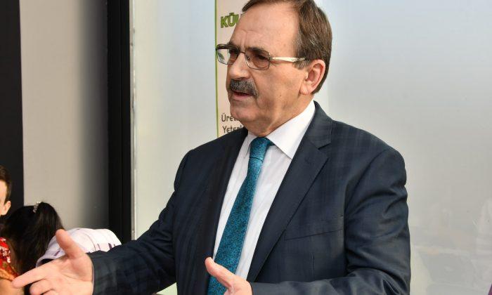 Başkan Zihni Şahin'den Mehmet Akif Ersoy'a anma